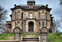 Traumhäuser / Hier zeigen wir Häuser die uns gefallen. Ob alt oder neu... Jede Art der Architektur hat seinen Reiz!