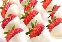 Chocolate Choice / Er zijn veel mooie momenten die vragen om een feestje. Chocolate Choice serveert hapjes en desserts op bruiloften, tuinfeesten, jubileum huwelijksfeesten, strandfeesten en babyborrels. www.chocolatchoice.nl