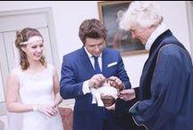 Trouwambtenaar / Als stralend bruidspaar willen jullie een speciale en persoonlijke trouwceremonie op de perfecte locatie! Iedereen kijkt al uit naar dat bijzondere moment dat jullie elkaar het ja-woord gaan geven in het bijzijn van familie en dierbare vrienden. Daar hoort natuurlijk trouwambtenaar Janita Blanken bij die aanvoelt hoe jullie de ceremonie graag willen invullen. http://trouwambtenaar-op-locatie.nl
