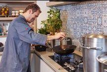 Tegels en achterwanden / Je geeft een keuken een andere twist door er een mooie achterwand achter te plaatsen.