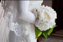 I dettagli che fanno la differenza / Una spallina ricamata, un velo in pizzo, una manica in tulle: sono i dettagli che rendono perfetto un abito da sposa