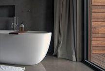 Banheiros - Bathrooms