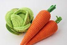 crochet veggies - carrots & cabbage