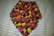 Knit and crochet - Scarves - Bufandas Tejidas / https://www.facebook.com/cynthiahandmade  Todo lo de este tablero está hecho con mis manitos