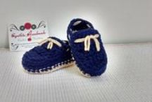Knit and crochet - zapaticos tejidos / https://www.facebook.com/cynthiahandmade Todo lo de este tablero está hecho por mi.