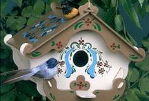BIRDHOUSES and Feeders / DIRECTLY LINKED to company websites - Homes for Birds and some other critters