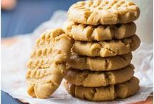 Peanut Butter Lovers / A collection of recipes for peanut butter lovers.