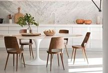 Tulip table by Eero Saarinen / Most beautiful and iconic table designed by Eero Saarinen.