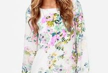 BLOOM in Fashion / Dresses and clothes with floral prints and bloom themes, for women and men :).