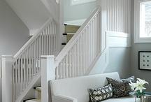 Entryway/ Stairway