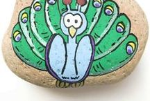 Kids - Rock Stones Crafts / Story stones - paint your own stones to help tell a story story stone ideas, story stone themes, story stones DIY, story stone ideas, story stone printables Rock Stones, paint stones, rock stone art, rock stone crafts, rock stone addicts, rock stones, rock stone ideas, rock stone animals