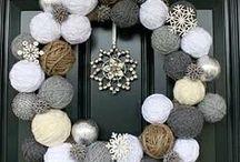 Christmas Wreath Decorations / Christmas wreath ideas, Christmas wreath DIY, Christmas wreath decoration, Christmas wreath how to, Christmas wreath craft , Christmas wreath craft for kids , Christmas wreath ideas, wreath for front door, DIY wreath