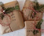 Christmas Wrapping / Christmas wrapping ideas, DIY gift wrap, gift wrap ideas, how to wrap a gift,
