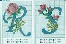 abeceda- křížkové vyšívání / projektů abeced na křížkovou vyšívku