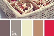 Christmas palette mood / Christmas palette mood inspiration. For holidays and fun.   You can use color for decorating table, house decor and interior decor.   Color combination, color pallets, color palettes, color scheme, color inspiration.