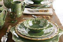 Table Settings & Dinnerware