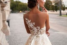 Bridal Gowns / Browse beautiful Bridal gowns, in a lovely bridal salon.  Experience the most attentive and friendly service to make your bridal shopping experience the very best! Call 248-876-0833!  Detroit weddings. Michigan weddings.