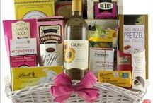 Mother's Day 2016 / Beautiful, new Mother's Day gift baskets for 2016! Lots of styles for Mom gifts like Spa gift baskets, chocolate and sweets gift baskets, garden gift baskets, coffee gift baskets, tea gift baskets and more!