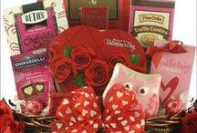 Valentine's Day Gift Baskets 2017 / Valentine's Day Gift Baskets for Men, Women & Kids. Includes Chocolate Gift Baskets, Spa Gift Baskets and Golf Gift Baskets.