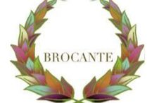 Brocante Decor Feeling / Shop in Palma de Mallorca, with old and antique furniture, Italian textiles and home complements