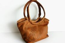ENNYES. Unique handmade recycled leather bags. / Unique pieces, 100% handmade with recycled leather & passion in Europe since 2011.  For those who love one of a kind products, creativity and a different process of production.  Every piece comes from one or a group of old leather products, that find their way, with ENNYES, to come back to life once again.