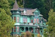 Victorian Style Houses / by Franny Jane