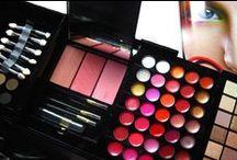 Make Up - Sleek - W7 - Real Techniques - Nagelfabriek / Hier vind je swatches van verschillende make-up merken, waaronder Sleek en W7.