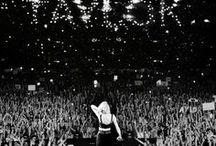 Taylor y demás / Imagenes de Taylor Swift otros cantantes y muchas tumblr