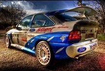 Ford Escort RS Cosworth / ford escortun ralli versiyonu... cosworth firması desteklidir.. 2,0 lt turbo charged motoru 376 hp gücündedir..