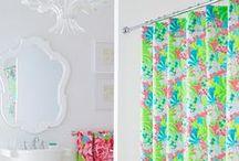 Bathrooms / by Janis Millu