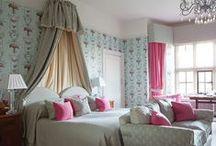 Bedrooms / by Janis Millu