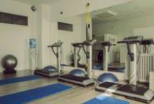 Be Fit / Con una sesión de entrenamiento BE fit de 20 minutos conseguirás resultados equivalentes a 4 horas de entrenamiento convencional. Todo ello supervisado por profesionales en Ciencias del Deporte y Electroestimulación. Elaboran un plan de entrenamiento adaptado a tus objetivos y personalizado, para ello utilizan la tecnología alemana más avanzada. Durante las sesiones consigues ejercitar hasta 300 músculos. Paseo de la Castellana, 113, Madrid. http://www.befitspain.com