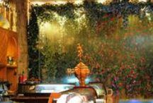 El Cañar / Conoce un restaurante diferente, donde pueda disfrutar de la buena mesa en compañía de quien prefiera. Desde la decoración cuidada al detalle para crear la ambientación perfecta donde disfrutar de platos de gran tradición y vigencia mediterránea al personal siempre a su servicio, tratan de recuperar y ofrecer a sus clientes esas comidas de estilo casero que han grabado momentos exquisitos en la memoria y el paladar. Calle Doctor Fleming, 44, Madrid. http://restauranteelcanar.com