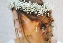 """Wedding Inspiration """"Rustic Elegance"""" / You are dreaming of a wedding in a barn, rustic style and outdoor flair? Be inspired and pic some flowers!"""
