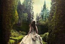 Printese si Castele / Princesses and castles / Fiecare parinte are acasa cea mai frumoasa printesa din lume si fiecare printesa merita un castel pe masura. / Every parent have at home the most beautiful princess in the world and every princess has its own castle.