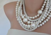 precious metal jewelry Storn luxury goods design / 宝石 時計 アクセサリー 高級品 などで使われる貴金属や宝石などのはめ込みや素材の参考