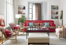 Living room decor / Vrei sa-ti decorezi livingul si esti in pana de idei? Vezi aici idei de decorare a livingului, decoruri moderne, elegante, nonconformiste sau traditionale. Alege un stil care sa ti se potriveasca, dar fii mai indrazneata in privinta culorilor.