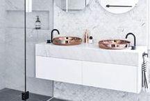 Für Herausragende / Minimalistische Badezimmer mit pfiffigen Elementen; so stellen wir uns Architekten-Badezimmer vor.