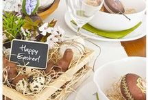 Easter table setting ideas / Simple, stylish and so easy to create, your guests will love these egg-citing Easter table ideas...