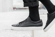 Edgar Black Low Top