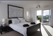 Pipers End - a self-catering holiday cottage in Rock, North Cornwall by Latitude50. / This large and wonderfully luxurious property is set in a tranquil location above Porthilly Cove.  Find out more here: https://www.latitude50.co.uk/explore-our-properties/north-cornwall/rock/pipers-end