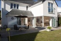 Sarsen - a self-catering holiday cottage in Rock, North Cornwall by Latitude50. / Sarsen is a large and modern property nestled in central Rock, just moments away from the golden sands of Rock Beach.  Find out more here: https://www.latitude50.co.uk/explore-our-properties/north-cornwall/rock/sarsen