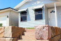 Australian Sandstone Retaining Wall. / Australian stone supplier. www.aussietecture.com.au