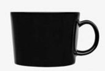 Black and white mugs / by Dana Landis