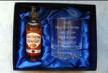 Personalised Alcohol Gift Sets / Engraved Glass with Alcohol in Gift Boxes