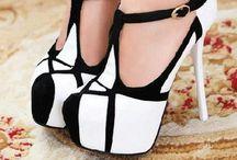 Shoes / by Inez Trujillo