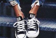 Sneaker, Freizeitschuhe / Sneaker - die beliebtesten Schuhe für die Freizeit