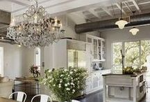 Country Lovin / Country style interior design. Window treatments, furnishings, design, and more! #allthingscountry