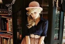 Her Style / A compilation of fabulous women fashion styles.