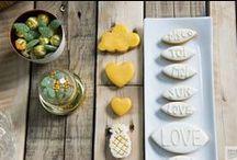 V&B - Mariage Tropical / Un mariage tropical, à base d'humour et de bonne humeur ! Couleurs : vert, doré, jaune et blanc. Photos : Cécile Cayon